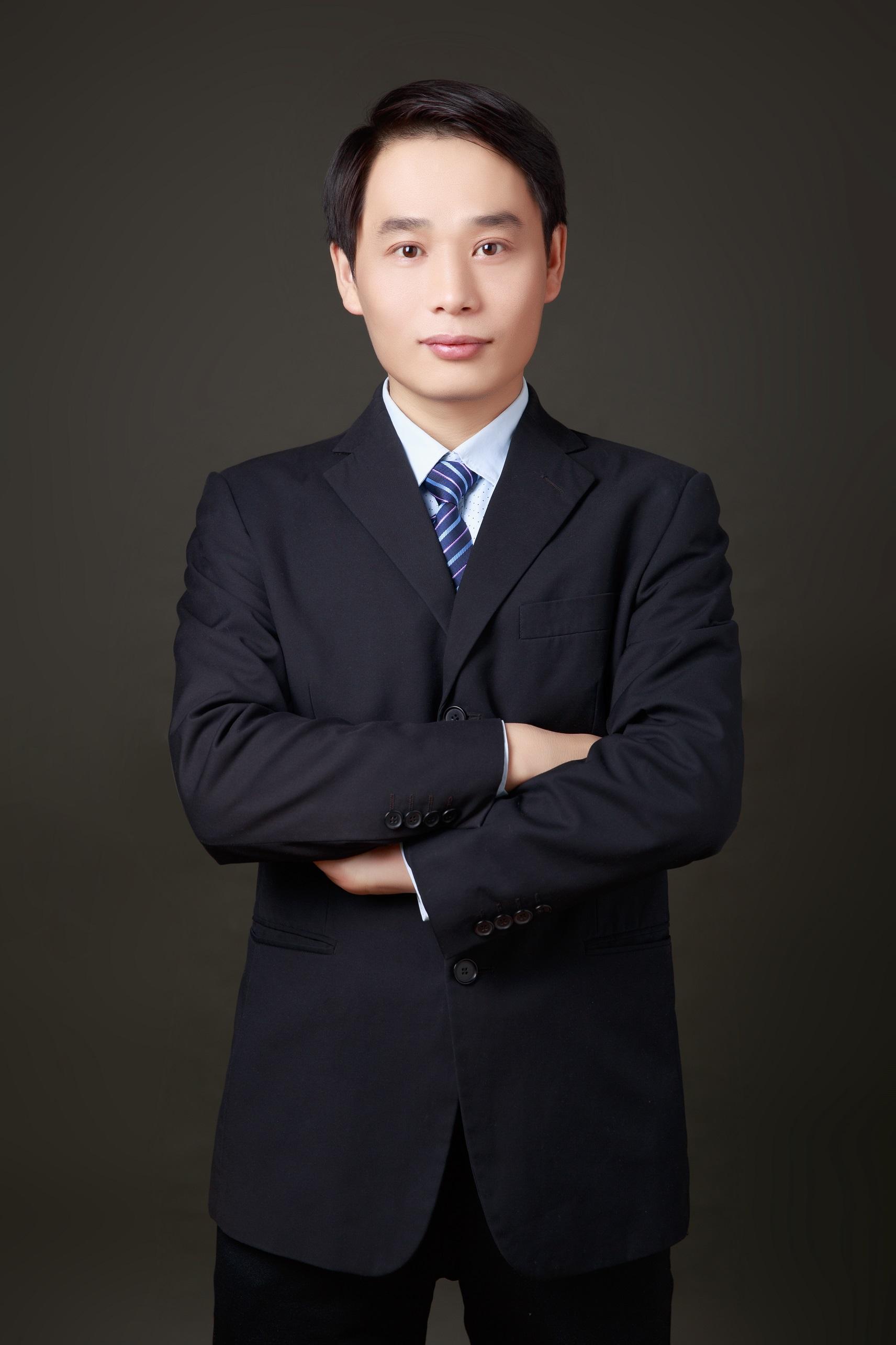 title='孙云峰律师'