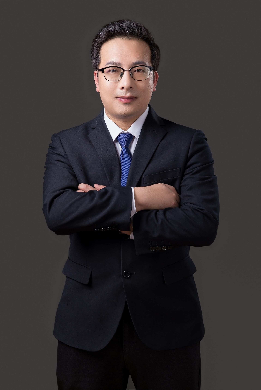 title=' 陈华律师'